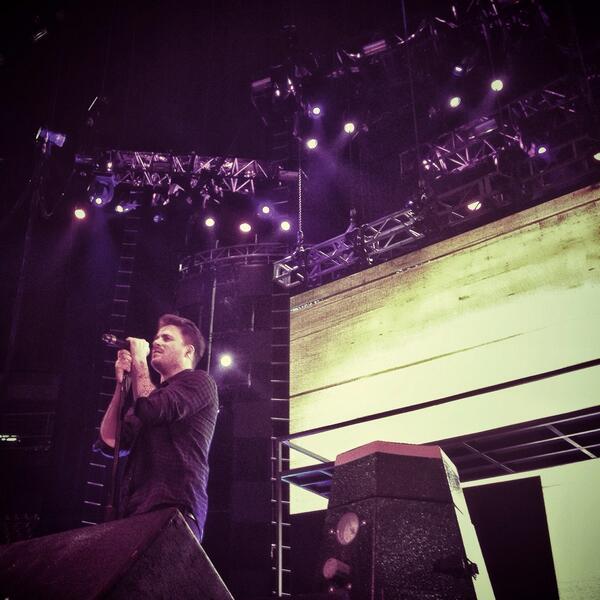 El sr. @_danielmartin_ probando sonido en el Palacio d los Deportes d la Ciudad d México!! Mañana Festival 'Oye FM'! http://t.co/GBamd1qJpe