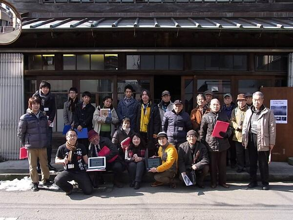 Group photo of Fujisawa, Japan LocalWiki & OSM meetup for #opendataday! #odd14 #localwiki http://t.co/eszIQg6Gv3