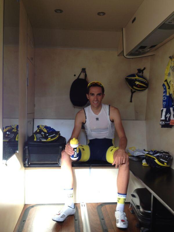 Photos Alberto Contador - Page 6 BhGLujkIAAExdkH