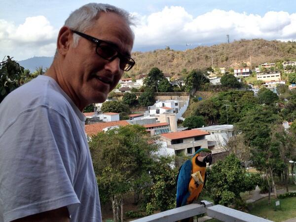 """""""Al #nortedelsur donde crece la esperanza de todos aquellos que vinieron de tan lejos"""".. @FrancoDVita #SOSVenezuela http://t.co/PVd3GgD5Tc"""
