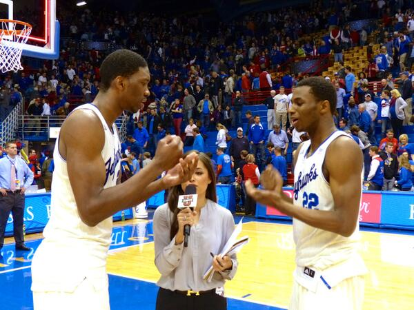 JoJo and Wiggs played rock, paper, scissors to decide who got interviewed first… #WiggsAndBig #kubball http://t.co/FM9Fh3hMJ0