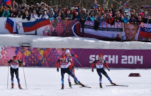 Российские лыжники Легков, Вылегжанин и Черноусов завоевали весь пьедестал в гонке на 50 км http://t.co/kGgyGSZ2tN http://t.co/xla7NJSCw7