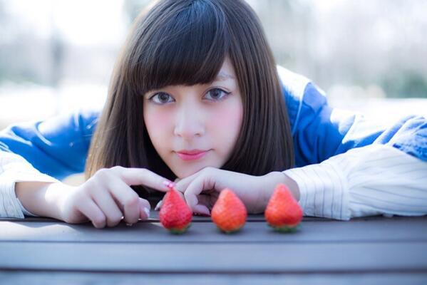 もうすぐいちご同盟@ichigo_doumei のサイトににれいぽん@reeeiko_97 が登場するよ(^O^)  いちご×れいぽんは最強〜(^_^) http://t.co/j0DCsZZ47v