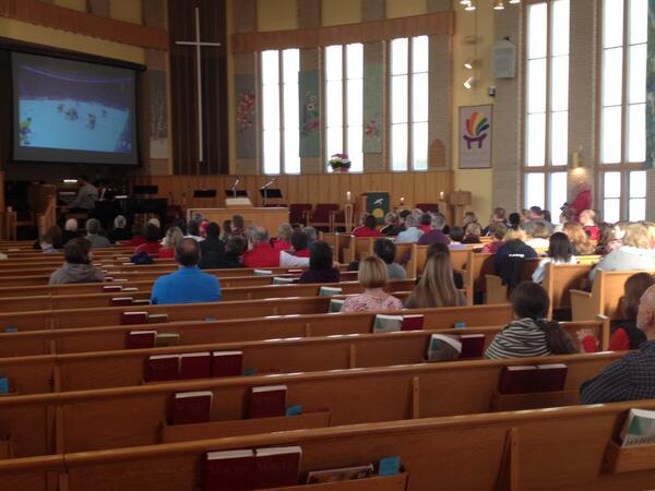 They're even watching #hockey at church in #Halifax. #GoCanadaGo http://t.co/XuAzTqbeOd