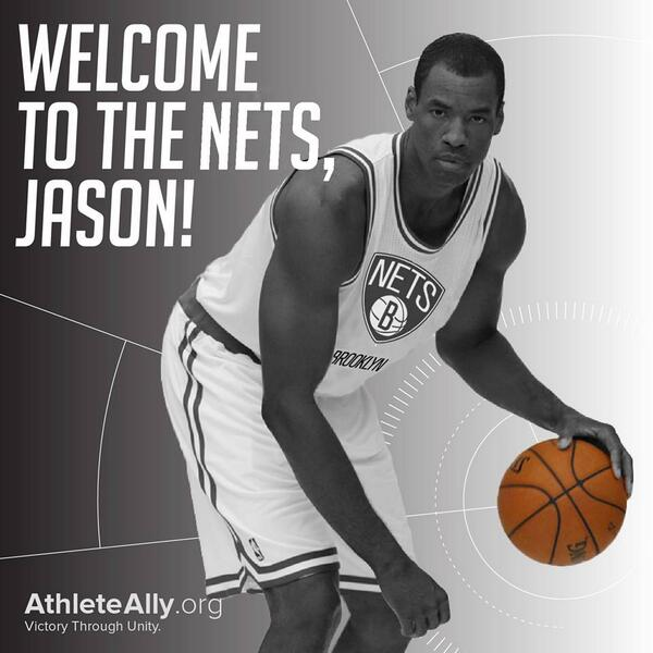 Jason Collins becomes the first active openly gay NBA player by signing with the @BrooklynNets. Congrats, Jason! http://t.co/eIrSEtXWy8