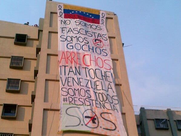 """ARRIBA LOS GOCHOS""""@HectorMoralesE: Uno de los edificios privados de San Cristóbal el cual la GNB entró a atacar #23F http://t.co/RQbi7arpCX"""""""