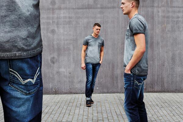 Tweet To Win Duck and Cover Denim #ReadyForAnything @duckandcover_ | RWD http://t.co/aIX6ImuygQ http://t.co/OjoDK13PUX