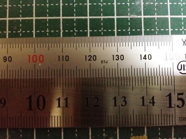 JIS規格品(上)と100均(下)の精度差 pic.twitter.com/3l5GOmsGwD