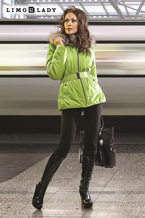 куртки женские зимние с капюшоном и мехом большие размеры