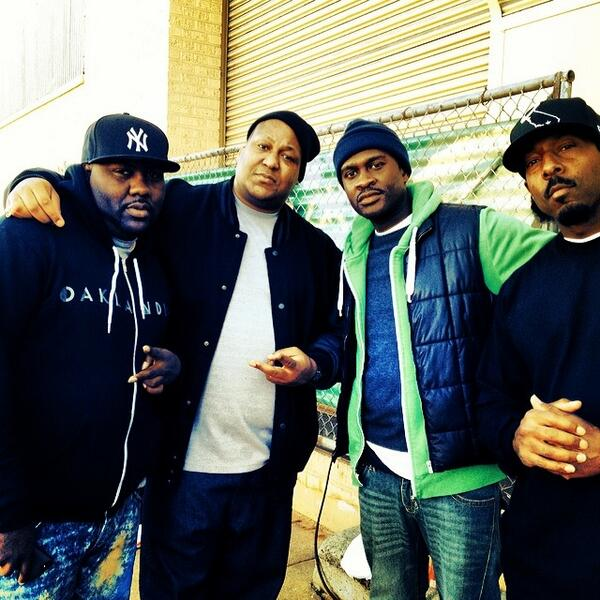 New Movie #WhatAreTheChances with @B_Hooks @E40 @shotrecords @TheRealMikeEpps Comin Soon! S/O 2 #SickWidIt @MistahFAB http://t.co/NtWRwRPgCz