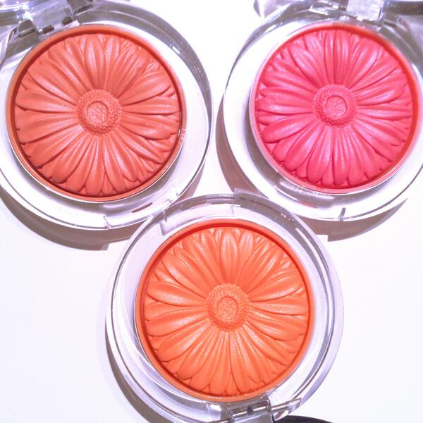 How cute are these new Cheek Pops blushes from @Clinique_US? Non-powdery and looks like you just pinched your cheeks: http://t.co/FK0g6zSaG6