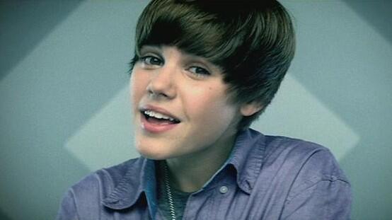 .@JustinBieber's 'Baby' Hits 1 Billion @VEVO Views: http://t.co/Q7wYISAJL8 http://t.co/zJWEkxd2kI