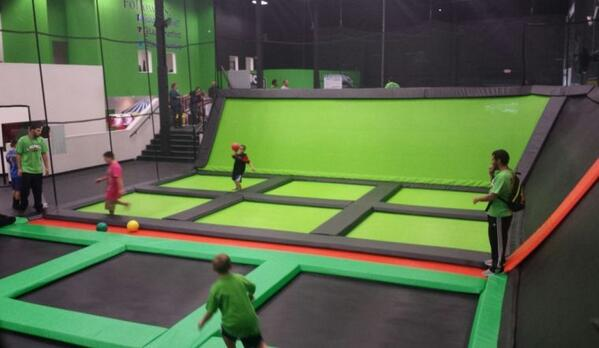 An indoor trampoline park is coming to Newark in June #newarkde http://t.co/EwoDudljOG http://t.co/wH6PO0dJ8d