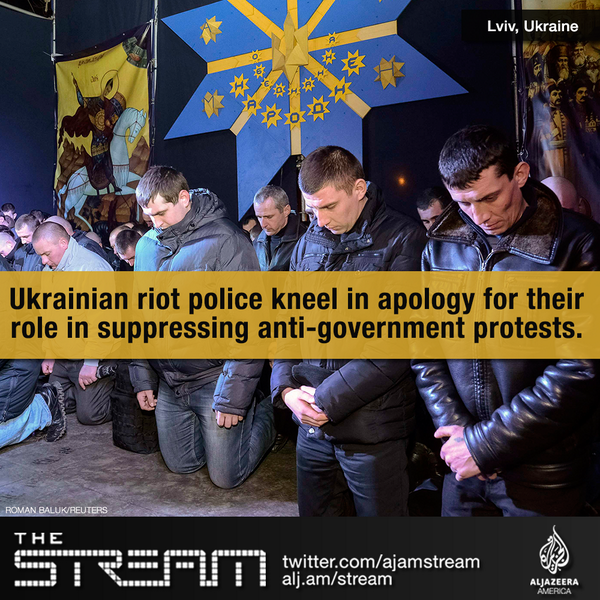 #Ukraine's riot police were just in the streets quelling protests. Now they're on their knees in apology. #euromaidan http://t.co/JGdt3jYGMb