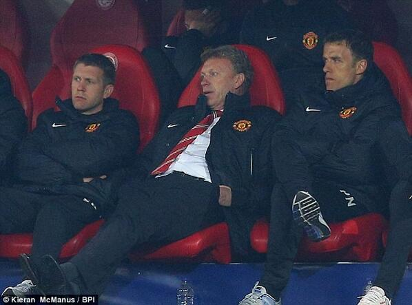 david moyes slumped