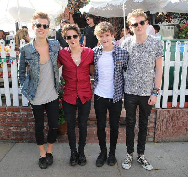 The Vamps Hit The Ivy After Swift Visit - http://t.co/MRL9BmvgrI http://t.co/qqUAMVCPgX