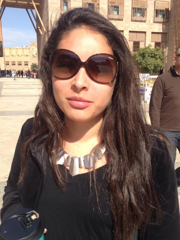 "Finance Major Salma El Gamal said ""I get all of my news from #Facebook."" #JRMC202 #JRLWeb http://t.co/Q7AkLWa40r"