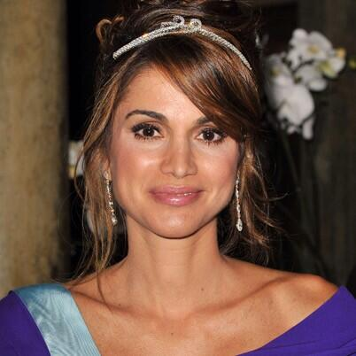 """Who knew that Queen Rania of Jordan was an AUCian?"" #JRMC202 #JRLWeb http://t.co/YEguSfEl4Q"