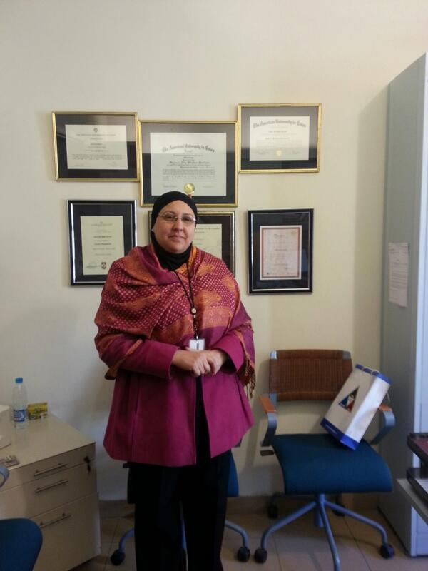 #JRMC202 Q1: Assistant Director of School of Business, Gihan Kortam said that social media is addictive,yet needed. http://t.co/eVK8Mebq4Z
