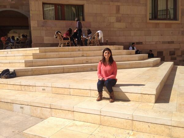 Here's my picture in my favorite spot where all the #drama happens. #JRMC202 #JRLWeb http://t.co/bNrF2fmWfX