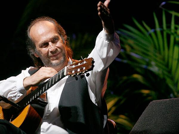 Muere Paco de Lucía, guitarrista y compositor flamenco: http://t.co/ZMoMiWGRFU http://t.co/TqjXiBQwpi