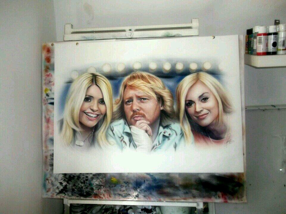 RT @pickupapainting: @lemontwittor hi keith im doing a comp best idea for a portrait wins any1 u would like to see painted http://t.co/1np0…