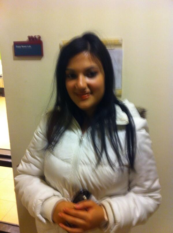 "Q2: Noha ElTawil, a journalism sophomore, ""I get my news from Twitter and Facebook."" #JRLWeb #JRMC202 http://t.co/Z3yl3qNPId"