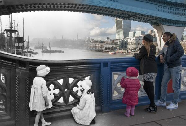16 Ghostly Images Of London Landmarks Then And Now http://t.co/deEHQPUGvi http://t.co/ljVbFG91Ax