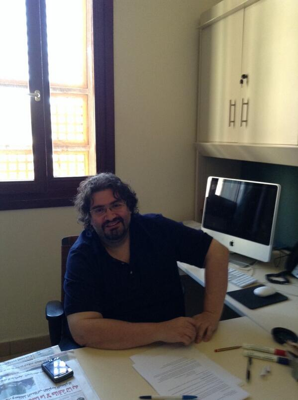"Dr. Firas, from Caravan said ""masses are involved in producing news report."" #jrlweb #JRMC202 http://t.co/cw0M7xJaw2"