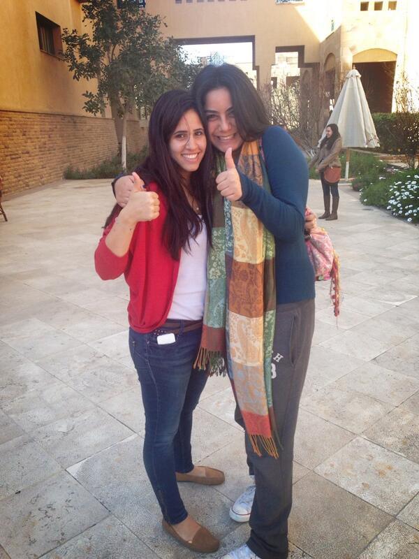 About to start the Twitter Scavenger Hunt with @FarrahEssawi. #JRMC202 #JRLWeb http://t.co/IgOdEXxlru
