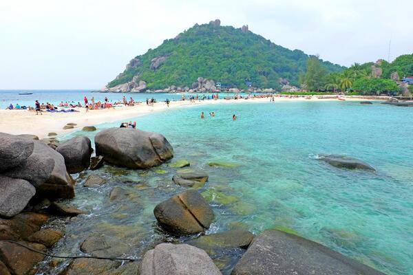 ทะเลแหวก เกาะนางยวน จ.สุราษฎร์ธานี ๑ ในอะเมซิ่งไทยแลนด์ http://t.co/os8oVNnLXX