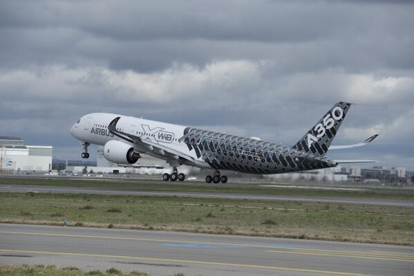 #A350 XWB test aircraft MSN2 has taken to the skies above Toulouse today for its first flight http://t.co/XafBlaGXy1