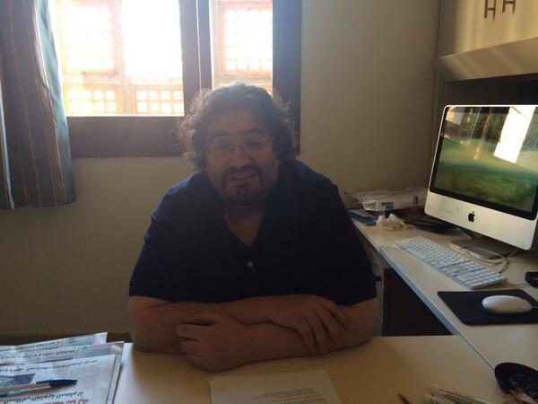 "JRMC Associate Professor Firas Al-Atraqchi says, ""The media consumer has become the media producer."" #JRMC202 #JRLWeb http://t.co/8DVIWICoHt"