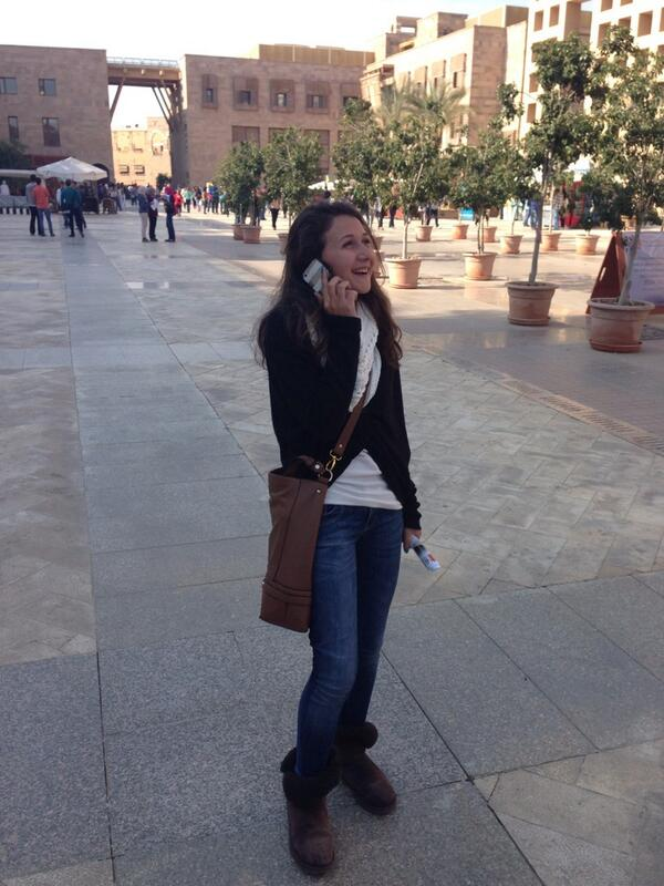 "Business student Habiba El Badrawy on AUC clubs: ""They help you gain a lot of skills""#JRLWeb #JRMC202 http://t.co/8xmirpoGEv"