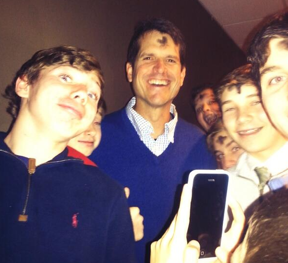 Thats one HAPPY dude  @johnbreech: Jim Harbaugh doing his Ash Wednesday thing (via @CarterPutz) #49ers http://t.co/dMYQ6eGac8""