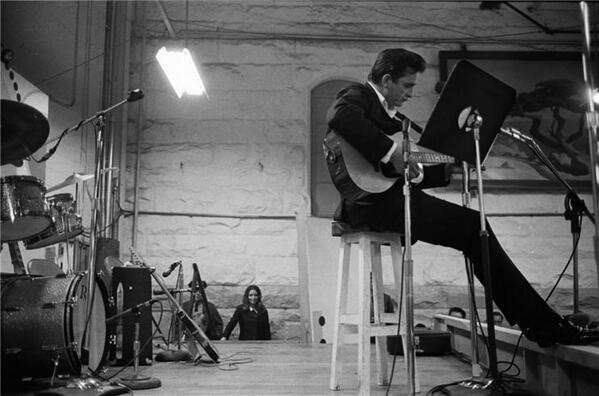 Happy Birthday to the Man In Black, Mr. Johnny Cash. Doesn't get any better than this: http://t.co/PCX06aTlH0 http://t.co/6xQwnaz8t4