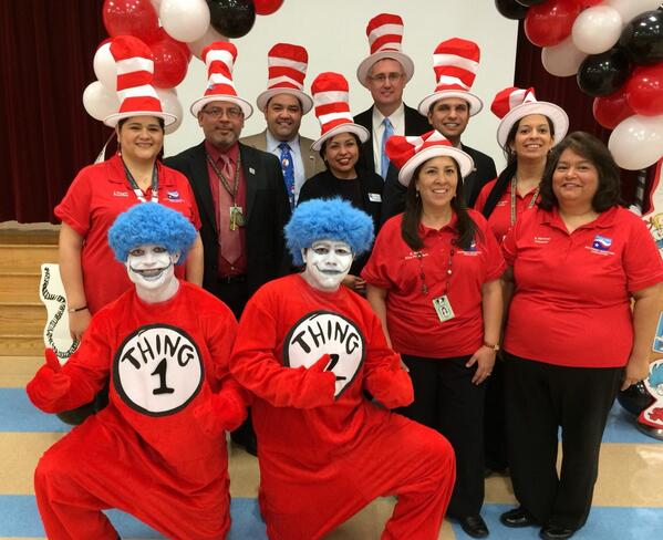 @SouthwestTSTA Leaders and Spicewood ES make it a Special Day for kids. @NEAReadAcross @txstateteachers #neareads http://t.co/cEvszPtjRw