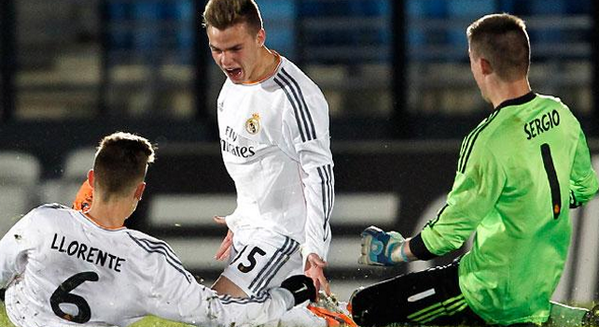 BhbXFXdCEAASZCV Must See Golazo! Aleix Febas (Real Madrid) v Napoli in the UEFA Youth League
