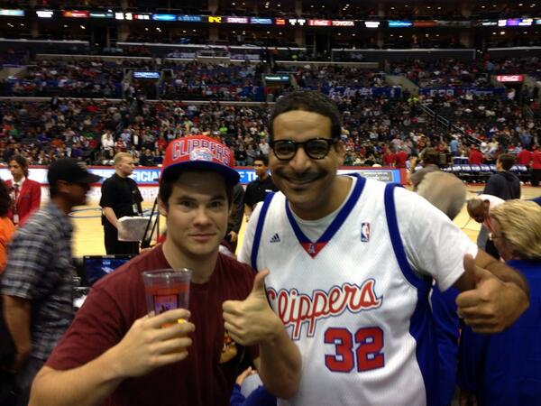 workaholics rules but I got clippers tix from Tez. http://t.co/IzSqfJ9j0y
