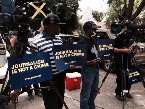 #freeajstaff Journos in S Africa protest about detention of colleagues in Egypt #pressfreedom http://t.co/MozicYTpiH