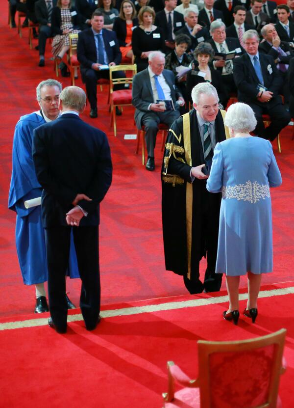 Another shot from today's ceremony at Buckingham Palace as @StirUni accepted #QueensPrize @BritishMonarchy http://t.co/OnPOTmHxu8