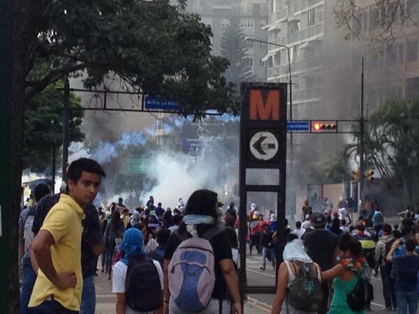 "RT""@MarceloNolla: RT @MarielaHK: Hace minutos #Altamira http://t.co/IiGb28hl0J"""