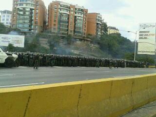 """""""@trafficARC: via @royspi:  GN a la altura de la entrada nueva de las mercedes. http://t.co/QgFYMWJh1U #PrioridadTransito"""""""