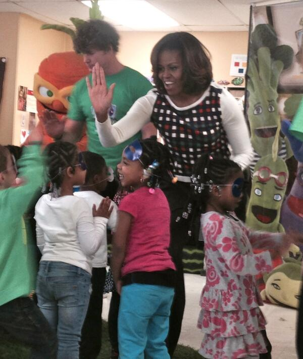 The @FLOTUS visited La Petite Academy in MD, today to encourage a healthy lifestyle! #LetsMove http://t.co/h9UJP2xHtD http://t.co/0ZgWCR8ewc