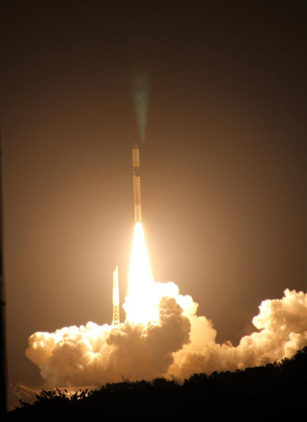 本日午前3時37分、H-ⅡAロケット打ち上げ成功です!!( ゜Д゜ノノ降水観測を行うGPM主衛星も予定の軌道に投入されたようです! pic.twitter.com/hPBnFI62UK