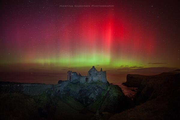 Thumbnail for Amazing Aurora storm lights up Ireland with Northern Lights!