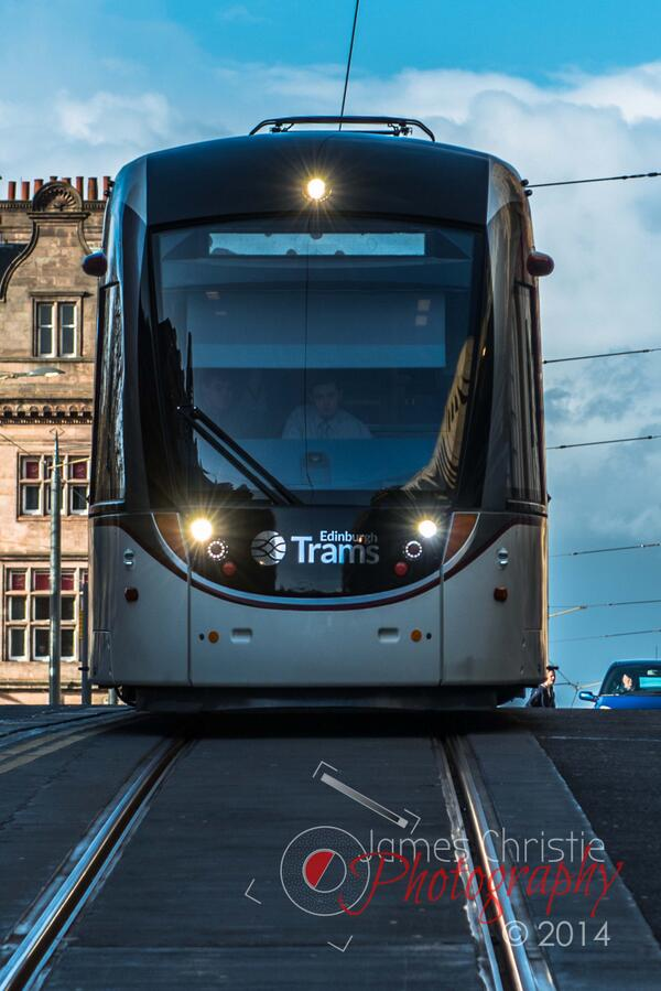 An even rarer site than the aurora borealis in Edinburgh - A Running Tram! http://t.co/rvVawZWTmx