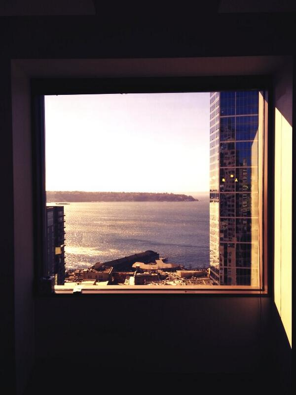 The view from @twitterseattle's tea time. @JoinTheFlock http://t.co/Qx2hMy5ItS