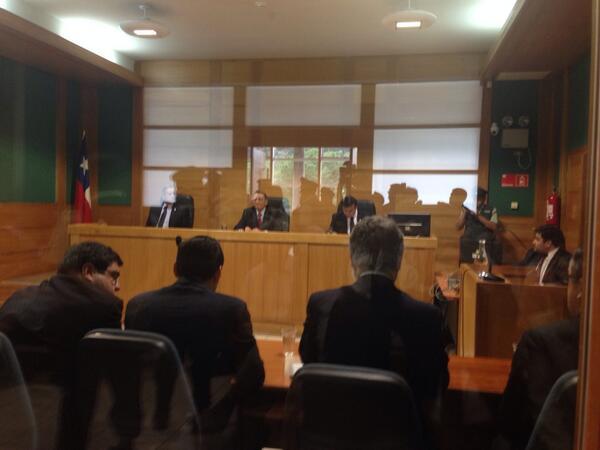 AHORA Lectura de sentencia contra Celestino Córdova #casoLuchsinger http://t.co/RzjbxO8fWH