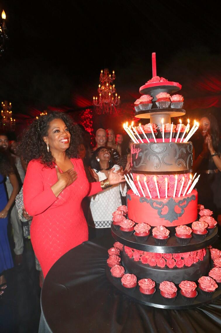 I told him not to but he did it anyway @Tylerperry surprised me with a cake. #stillcelebrating http://t.co/mjdLDLwLMo